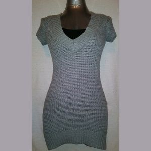 XS Gray knit short sleeve sweater dress